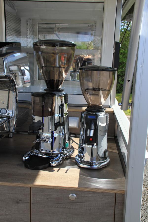 Die Espressomühlen im Kaffeemobil Fiat Doblo