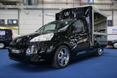 Peugeot Partner Black Edition Café Mobil