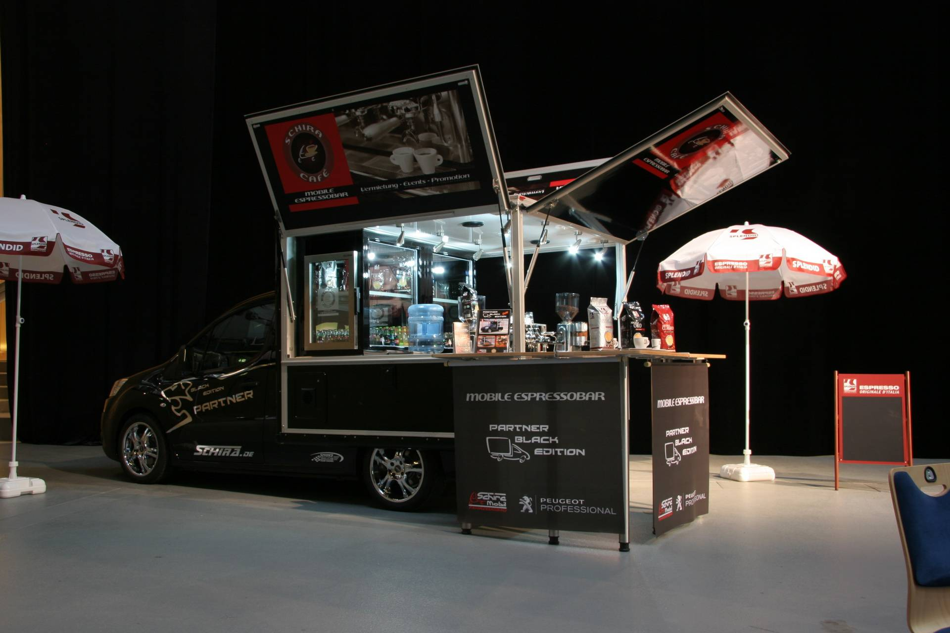 peugeot partner in der version espressomobil auf dem pro mensch forum in m nchen schira mobil. Black Bedroom Furniture Sets. Home Design Ideas