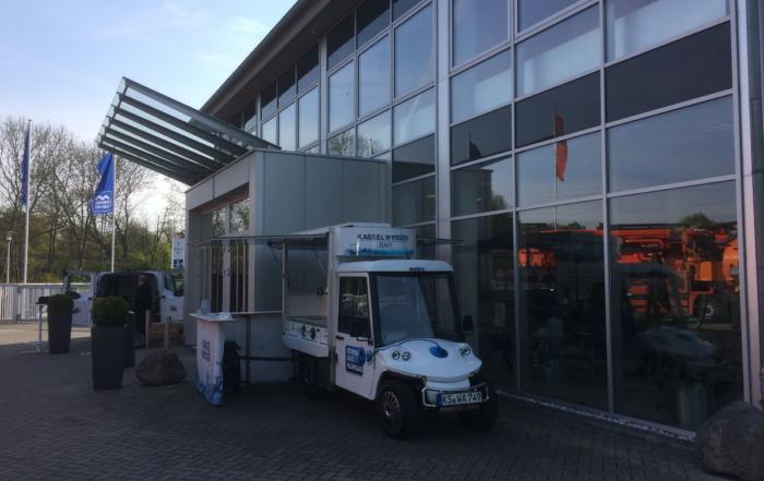 Mit dem Elektromobil von Kassel Wasser auf der Rokatech 2017