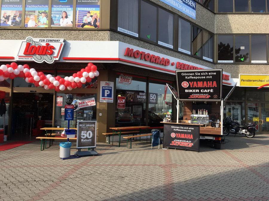 Mit dem Café Mobil bei Louis in Kassel
