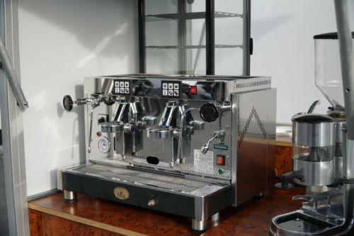 Coffeebox das kleine Espressomobil. Mit Diadema Espressomaschine