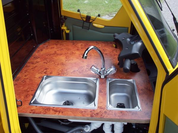 Das Hygienesystem im Fahrerhaus der Ape 50