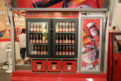 Ape 1200 AFG Flaschen Promotion Mobil das Kühlfach mit über 500 Flaschen