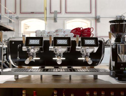 Die Produktion der Astoria Storm Espressomaschine