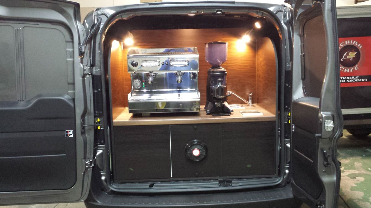 Das Doblo Mini Kaffeemobil Einschubsystem