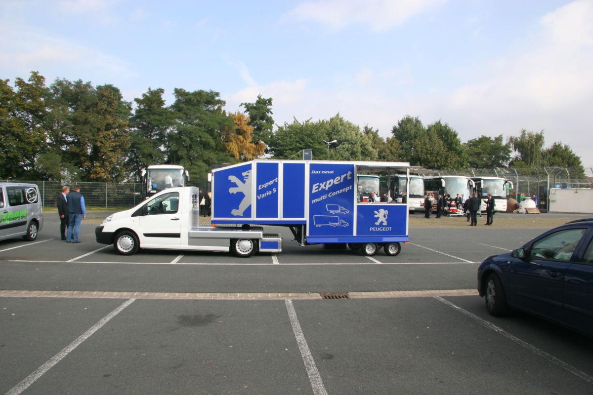 Peugeot Expert Minisattelauflieger Promotionmobil und Kaffeemobil