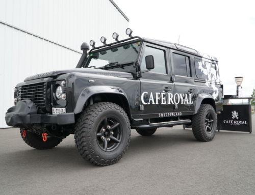 Der neue Landrover Defender für Café Royal