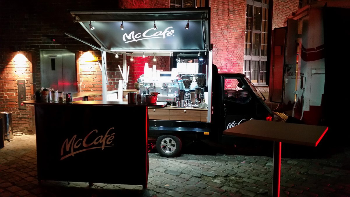 Ape 1200 Espressomobil mit McCafé auf der Red Dot Award Designers' Night