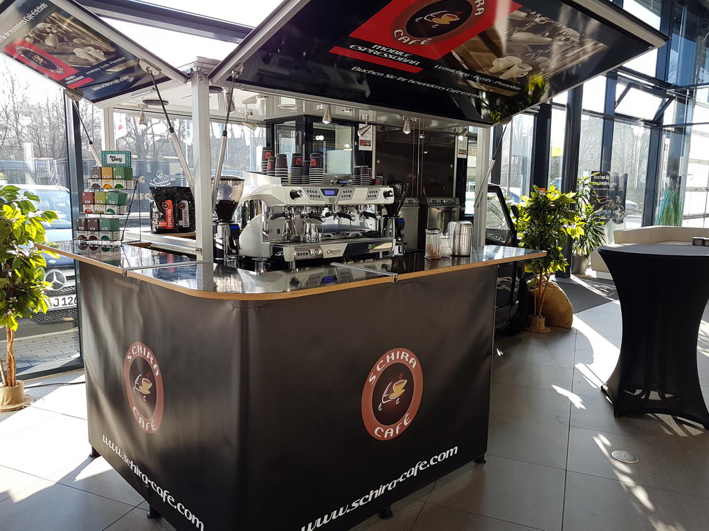 Ape Kaffeemobil und Schira café