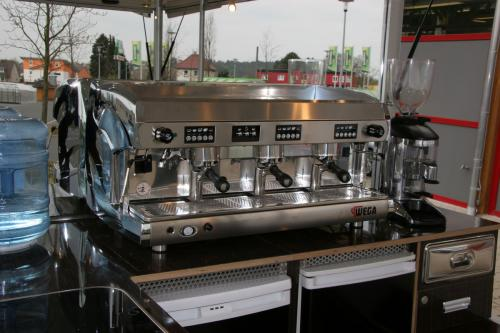 Expert Maxi 300 in der Version Kaffeemobil