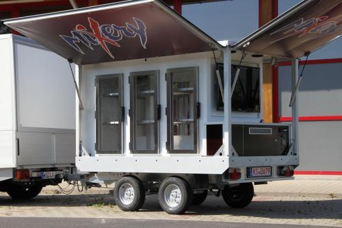 Kühlanhänger 1500 Cool Line. Das Promotion Mobil für Dosen und andere AFG.