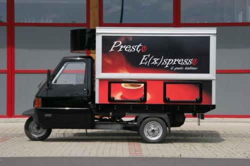 APE TM 703 Maxi  Kaffeemobil, das große Espressomobil auf der Basis der Ape von Piaggio.
