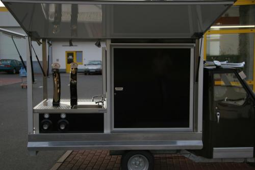 Ape 1200 das Exclusive Biermobil