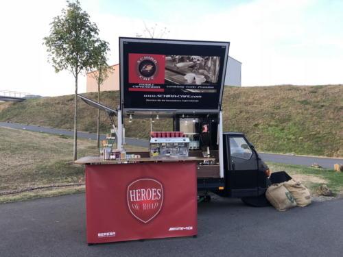 Schira Café auf dem Bilster Berg mit Mercedes AMG