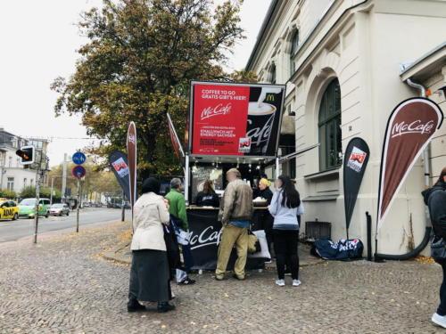 McCafé Roadshow 2019 mit Radio Energy Sachsen und dem Kaffeemobil on Schira Café.