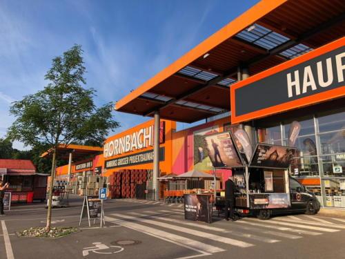 Peugeot Expert Kaffeemobil auf der Hornbach Promotion 2019 - Schira Café
